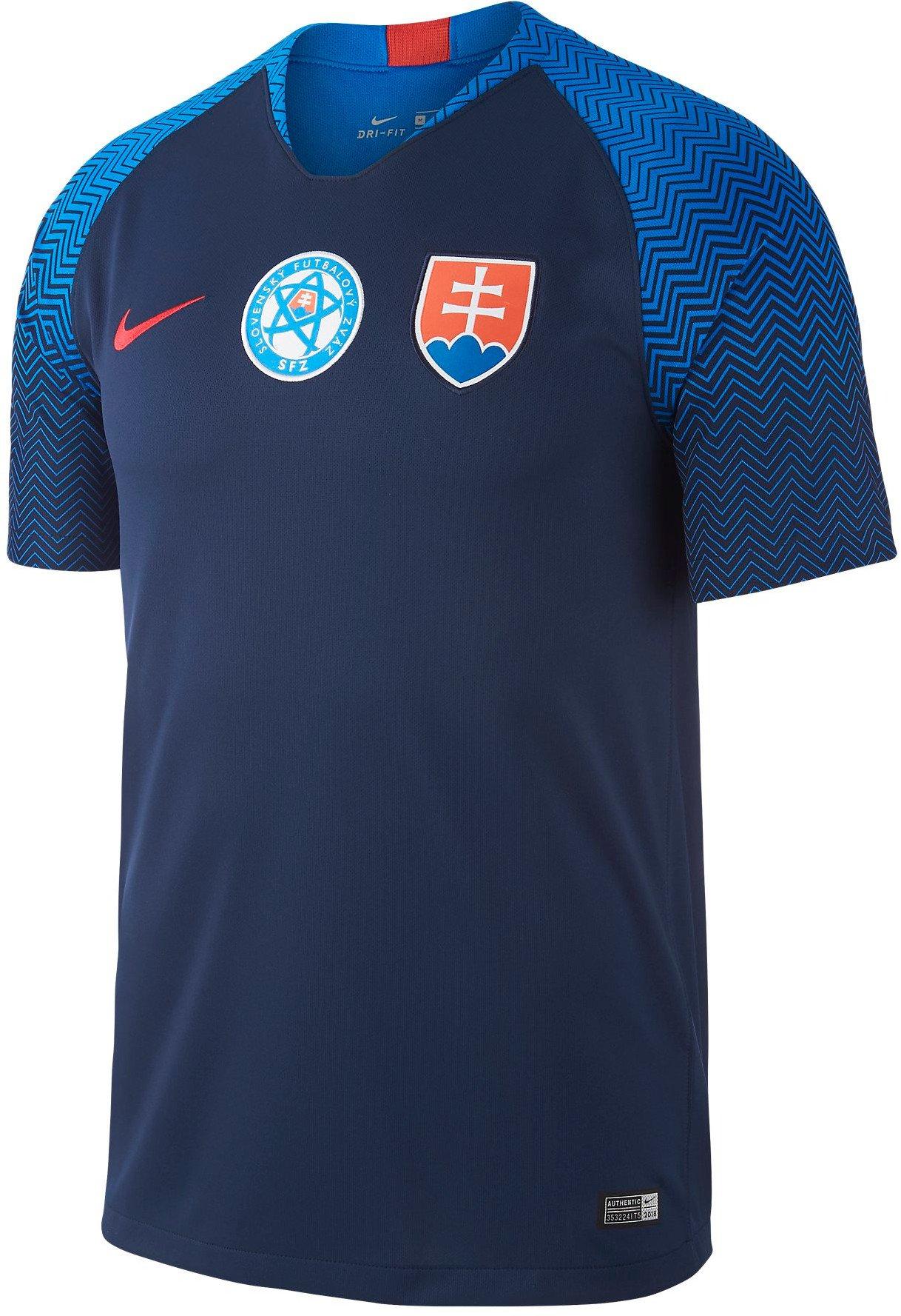35a49c838c17c Futbal